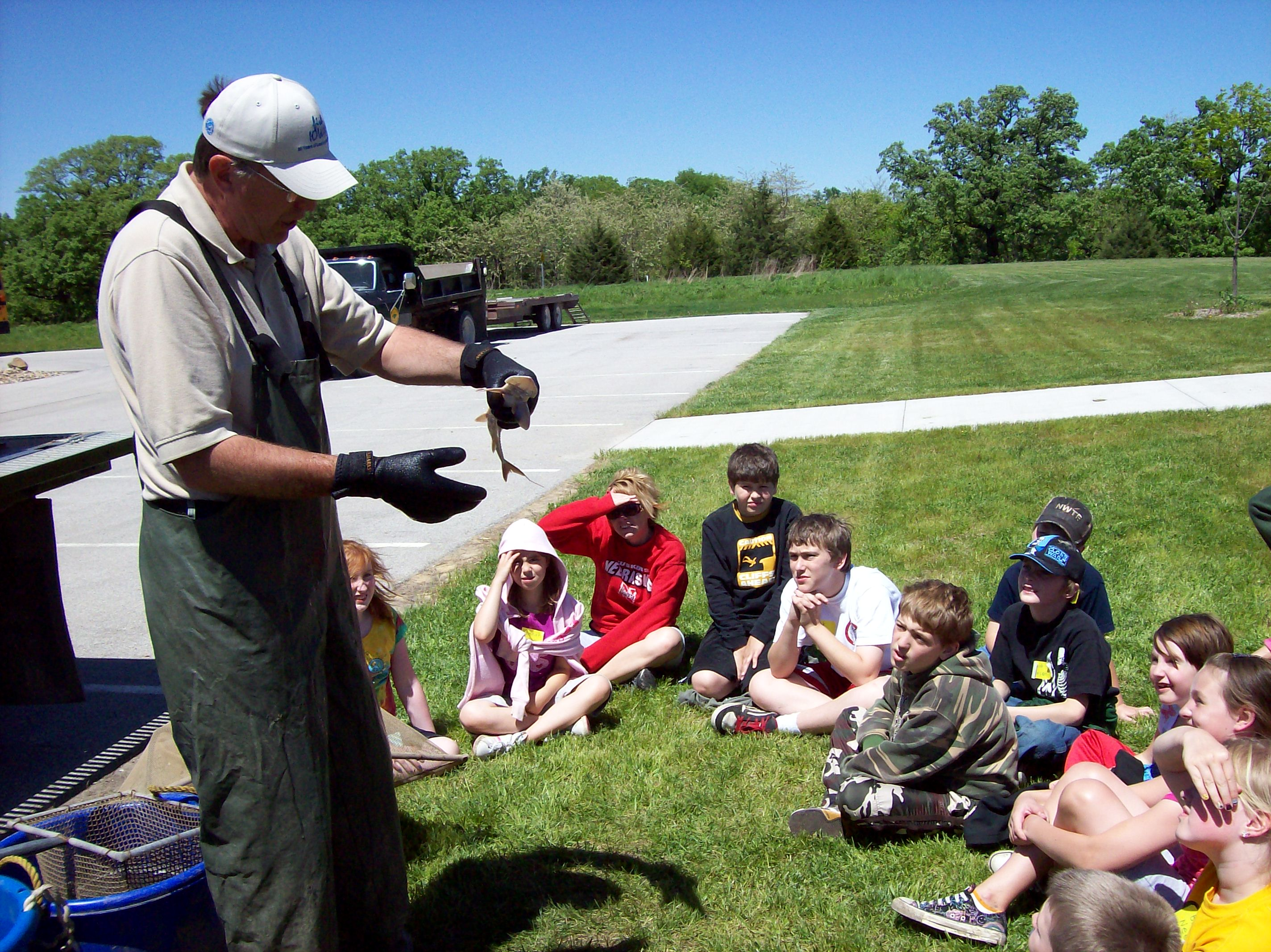 Photo of elementary students at the Environmental Learning Center